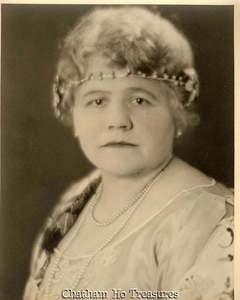 Madame Yolanda