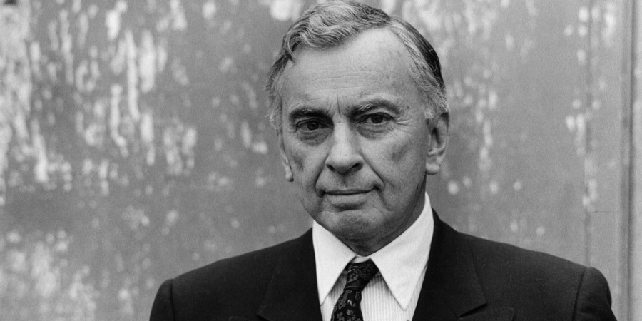 PARIS, FRANCE - MARCH 20. (EDITORS NOTE: Image has been shot in black and white. Color version not available.) American writer Gore Vidal poses during portrait session held on March 20, 1983 in Paris, France. (Photo by Ulf Andersen/Getty Images)
