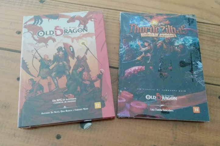 combo-livro-basico-old-dragon-livro-cenario-thordezilhas-D_NQ_NP_925301-MLB29541413055_032019-F